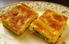 Easy Water Pastry Recipe, which is prepared from ready-made yufkad but does not look for the truth with its taste, is presented to your information on our Patisserie at Home page. Turkish Recipes, Ethnic Recipes, Potato Pasta, Easy Eat, Breakfast Toast, Recipe 30, Sweet Cookies, Tasty, Yummy Food