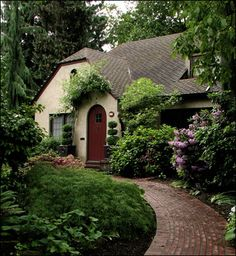 Storybook Cottages Pictures | Antique Home & Style - Contact us - About us