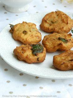 Rava Vada / Vadai ~ Semolina Fritters Recipe: http://thecuisine.blogspot.com/2012/09/rava-vada-vadai-semolina-fritters-recipe_12.html