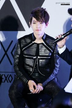 12.06.02 Genie AR video show (Cr: good-better-best: baekhyun-a.net)