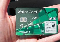 This year, the biggest mobile tech show has introduced a very cunning new tech gadget, launching the new 'smart wallet' card at the Mobile world congress. Happy Birthday John, Best Loans, Mobile World Congress, Tech Gadgets, Card Wallet, Banks, Innovation, Product Launch, Usa
