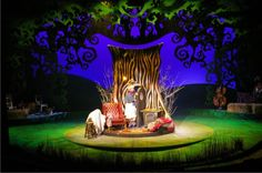 Declan_Randall_Lighting_Design_Musical_Wind_in_the_Willows_large.jpg (640×425)