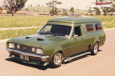 ◆ Visit MACHINE Shop Café... ◆ ~ Aussie Custom Cars & Bikes ~ (1970 HG Holden Panelvan 'Green Knight' was an amazing custom van for its time. Very well built. Its color was very unique and beautiful also)