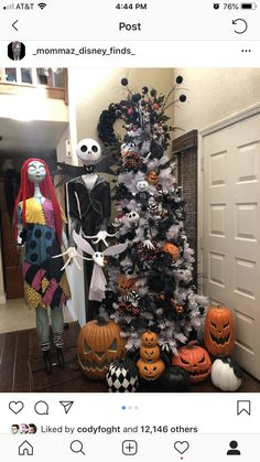 """Halloween Timber The Nightmare earlier than Christmas? Extra like """"A Dream for Halloween! Halloween Christmas Tree, White Christmas Trees, Christmas Tree Themes, Christmas Design, Rustic Christmas, Xmas Decorations, Christmas Crafts, Merry Christmas, Disney Halloween Decorations"""
