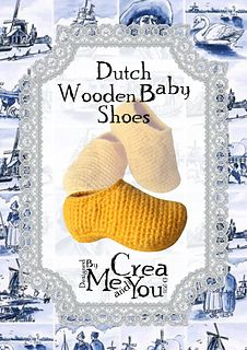 Crochet pattern for wooden baby shoes. Toys Patterns dutch Dutch Wooden Baby Shoes pattern by Carola van Groen Crochet Baby Blanket Beginner, Crochet Baby Toys, Crochet Baby Clothes, Crochet Shoes, Crochet Slippers, Crochet For Kids, Baby Knitting Patterns, Knitting Charts, Baby Patterns