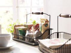 Mirodeniile tale preferate te însoțesc la fiecare masă. www.IKEA.ro/cos_FINTORP