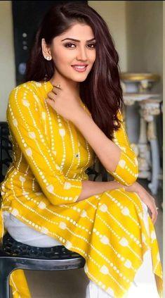 Beautiful Blonde Girl, Beautiful Girl Indian, Most Beautiful Indian Actress, Beautiful Girl Image, Beautiful Actresses, Beautiful Women, Cute Beauty, Beauty Full Girl, Beauty Women
