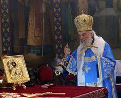 Његова Светост Патријарх српски г. Иринеј началствовао је 9. априла 2017. године, нa празник Уласка Господњег у Јерусалим - Цвети, светом...