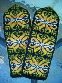 Wool knitted mittens. Sweden.