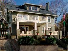 Arts and Crafts Exterior Renovation in Portland by Craftsman Design & Renovation Craftsman Exterior Colors, Bungalow Exterior, Bungalow Homes, Craftsman Style Homes, Craftsman Bungalows, Craftsman Houses, Portland House, Portland Oregon, My Dream Home