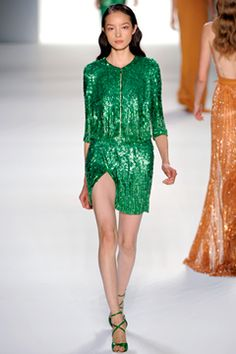 WANT this dress! (Elie Saab)