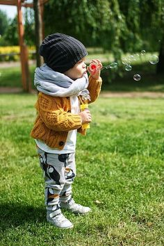 10 enfants qui vous prouveront qu'on trouve aussi des habits cools pour les petits garçons
