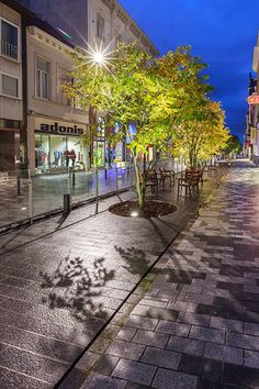 Redesign of Stationsstraat, Sint-Niklaas by Grontmij Belgium. Click image for… Contemporary Landscape, Urban Landscape, Rue Pietonne, Landscape Drainage, Urban Garden Design, Landscape Architecture Design, Urban Furniture, Urban Planning, Landscape Lighting