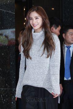 [포토] '패션왕' VIP시사회, 미소가 아름다운 나나 - 스타에이지