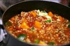 Turkey, Veggie, & Barley Chili | fANNEtastic food