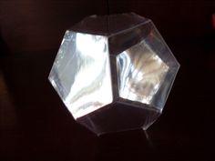 Mi identidad es solo un icosaedro de Franjo