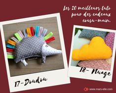 les 20 meilleurs tuto de couture pour faire ses cadeaux soi-même en 2019 Diy Sac Cadeau, Homemade Christmas, Dinosaur Stuffed Animal, Stuffed Animals, Tatting, Diy And Crafts, Crochet, Toys, Point