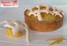 """Tartelette """"arachnéide"""" au citron : gelée, curd, meringue de Menton"""