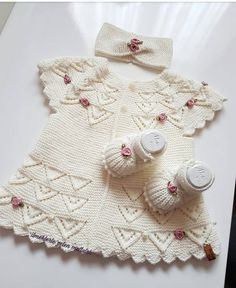 Very Nice Embellishments - maallure Baby Sweater Patterns, Baby Knitting Patterns, Knitting Designs, Baby Patterns, Dress Patterns, Embroidery On Kurtis, Kurti Embroidery Design, Baby Cardigan, Knitting For Kids