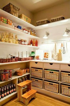 pantry - I wish I had this space Pantry Storage, Kitchen Storage, Kitchen Decor, Open Plan Kitchen, Kitchen Pantry, Kitchen Cabinets, Interior Design Living Room, Living Room Designs, Bar Interior Design