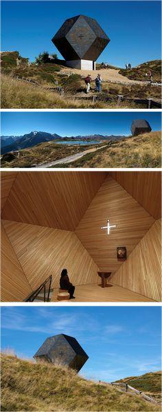 """Cappella """"Granato"""", Penkenjoch, Zillertal, Austria ©fotoenricocano Architetto: Mario Botta"""