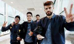 marc bartra y neymar - Buscar con Google Marc Bartra, Messi And Neymar, Lionel Messi, Fc Barcelona, Dani Alves, Good Soccer Players, Best Club, World Cup 2014, Valencia