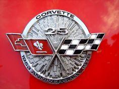 1978 Silver Anniversary I owned one of these. Sport Cars, Race Cars, Logo Autos, Detroit Motors, Car Logos, Car Badges, Little Red Corvette, Corvette C3, Automotive Logo