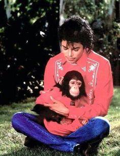 Michael and bubbles #Love_You_Michael <https://plus.google.com/s/%23Love_You_...