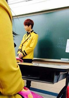I didnt know jimin came to kookies class to stalk him even more than he already does