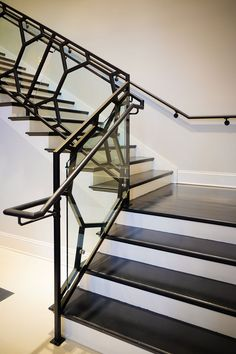 A modern railing can increase the visual appeal of your stairs and potentially the value of your home. Learn about our modern railing design process. Modern Staircase Railing, Black Stair Railing, Interior Stair Railing, Stair Railing Design, Modern Stairs, Staircases, Railing Ideas, Pergola Ideas, Wrought Iron Stair Railing