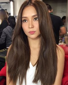 Asian Brown Hair, Hair Color Asian, Girl With Brown Hair, Long Brown Hair, Asian Hair, Kathryn Bernardo Hairstyle, Hair Color For Morena, Balayage Straight, Brown Hair Colors
