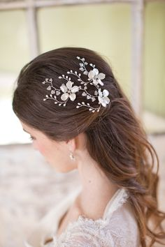 delicate bridal headpiece by @Hermione Harbutt | photo by @Catherine Mead