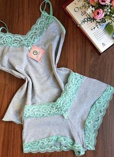 Jolie Lingerie, Lingerie Outfits, Pretty Lingerie, Beautiful Lingerie, Women Lingerie, Cute Sleepwear, Sleepwear Women, Pajamas Women, Lingerie Sleepwear
