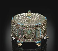 A magnificent Ottoman jade and gem-set metal casket, Turkey, 17th/18th century
