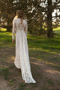 Vintage Style Wedding Dresses Lace Tessa by DaughtersOfSimone 70's hippy bohemian wedding