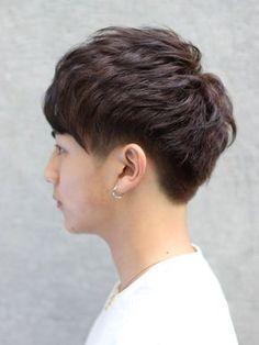 2ブロック クラウドマッシュ Korean Men Hairstyle, Korean Haircut, Korean Hairstyles, Permed Hairstyles, Boy Hairstyles, Korea Hair Style Men, Curly Hair Men, Curly Hair Styles, Man Haircut 2017