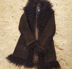 Dressy Outfits, Cool Outfits, Fashion Outfits, Funky Outfits, Fashion Line, Fashion 2020, Suede Coat, Fur Coat, Aesthetic Clothes