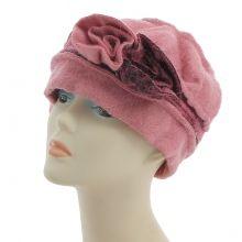 chapeau modèle béret femme avec fleur en couleur violet