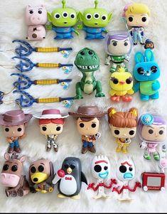 Disney Merch, Pop Disney, Cute Disney, Funko Pop Display, Funko Pop Dolls, Geeks, Pop Figurine, Disney Souvenirs, Funk Pop
