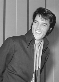 There are plenty of elvis sayings and quotes in the hearts of his family, friends and fans. read a few popular elvis sayings below. Elvis Presley Graceland, Elvis Presley Photos, Gene Kelly, Vivien Leigh, Marlon Brando, Steve Mcqueen, James Dean, Rock And Roll, Elvis Und Priscilla
