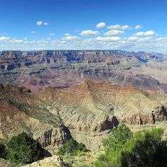 An incredible shot of the Grand Canyon in Arizona by traveller @schampton1. The canyon we see today was cut by the Colorado River as it ran through the Colorado Plateau exposing almost 2 billion years of Earths history. #gadv Hotels-live.com via https:/
