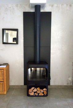 A stunning instillation of our #Jotul F305B. Warm in time for #winter. http://jotul.com/uk/products/wood-stoves/j%C3%B8tul-f-305-series/j%C3%B8tul-f-305-b