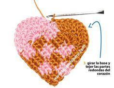 Tutorial: corazones entrelazados tejidos a crochet...♥ Deniz ♥.