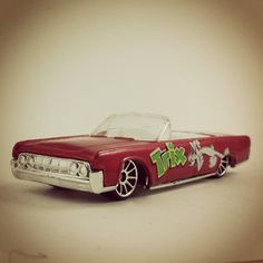 """#115 - Lincoln Continental 1964 - 2004 Hot Wheels """"Cereal Series"""""""