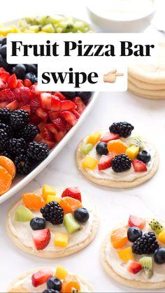 Fruit Pizza Bar, Dessert Pizza, Sugar Cookie Fruit Pizza, Fruit Pizza Frosting, Fruit Pizzas, Mini Fruit Tarts, Easy Fruit Pizza, Fruit Recipes, Dessert Recipes