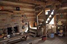 Awesome Ideas to build your ideal log cabin home in the mountains or next to a river. A necessity to get away from our crazy life. Old Cabins, Cabins And Cottages, Cabins In The Woods, Log Cabin Living, Log Cabin Homes, Cabin Interiors, Historic Homes, Crazy Crazy, Crazy Life