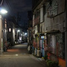 夜散歩のススメ「菊坂下の路地」東京都文京区