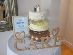 This cake looks delicious!