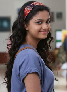 Keerthy Suresh Photo Gallery ★ Desipixer  ★