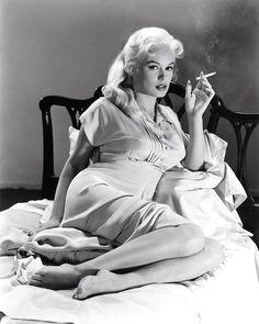 theniftyfifties:    The sultry Mamie Van Doren.